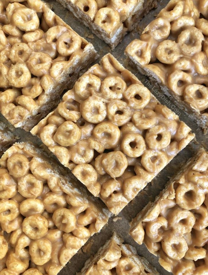 Sin hornear 3 ingredientes Cheerio Treats de mantequilla de cacahuete