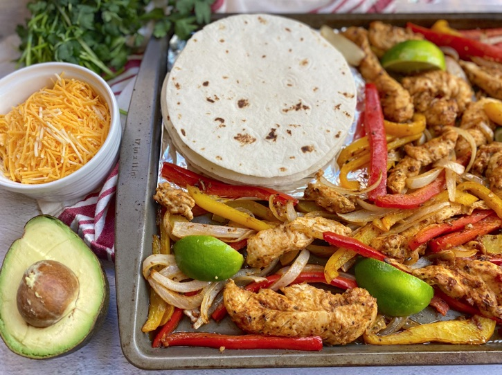 Sheet Pan Chicken Fajitas -- Quick and easy family dinner recipe!